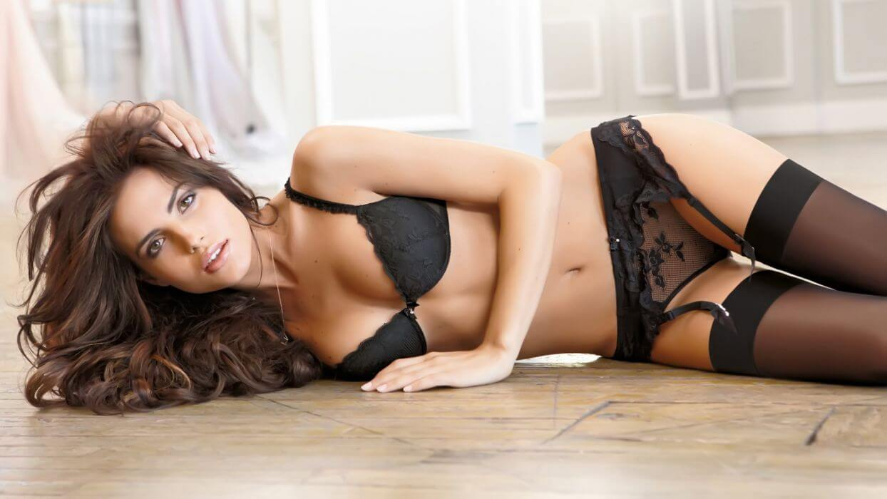 Essential Ethics and Qualities of A Female Escort Girl or Call Girl
